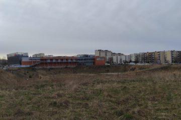 Dziura przy Galerii EMKA w Koszalinie