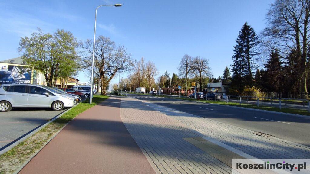 Ścieżka rowerowa wzdłuż ulicy Gnieźnieńskiej w Koszalinie