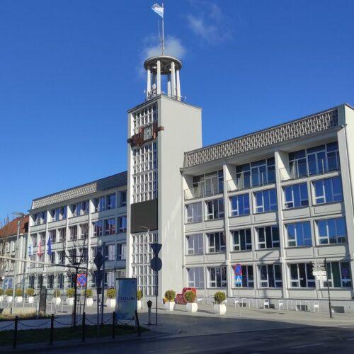 Urząd Miejski w Koszalinie – lokalizacja, wydziały, godziny otwarcia