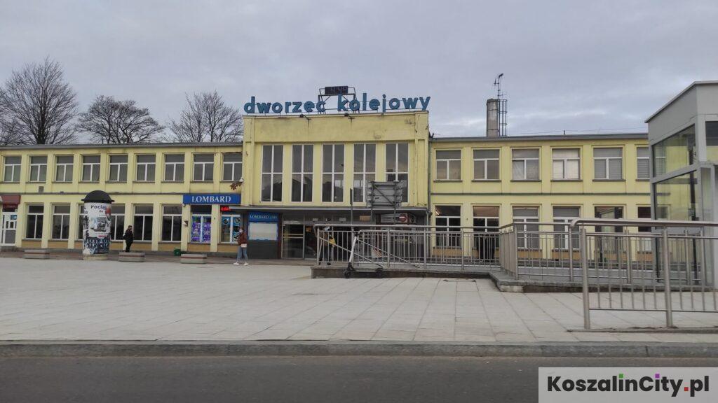 Dworzec Kolejowy w Koszalinie - stąd odjeżdżają pociągi i autobusy do Mielna