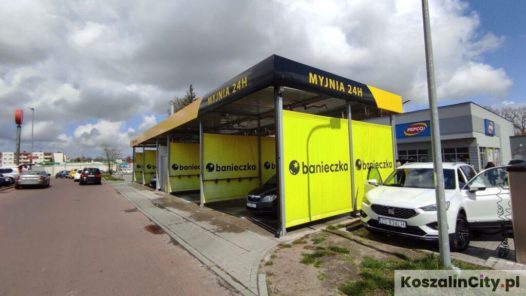 Myjnia samochodowa samoobsługowa w Koszalinie - Czerwona Torebka