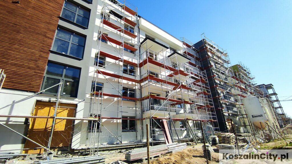 Patio Apartments w Koszalin ul. Hallera przy ulicy Hallera- nowy apartamentowiec