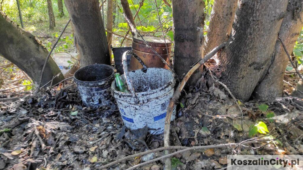 Dzikie wysypiska w Koszalinie są pełne niebezpiecznych materiałów budowlanych