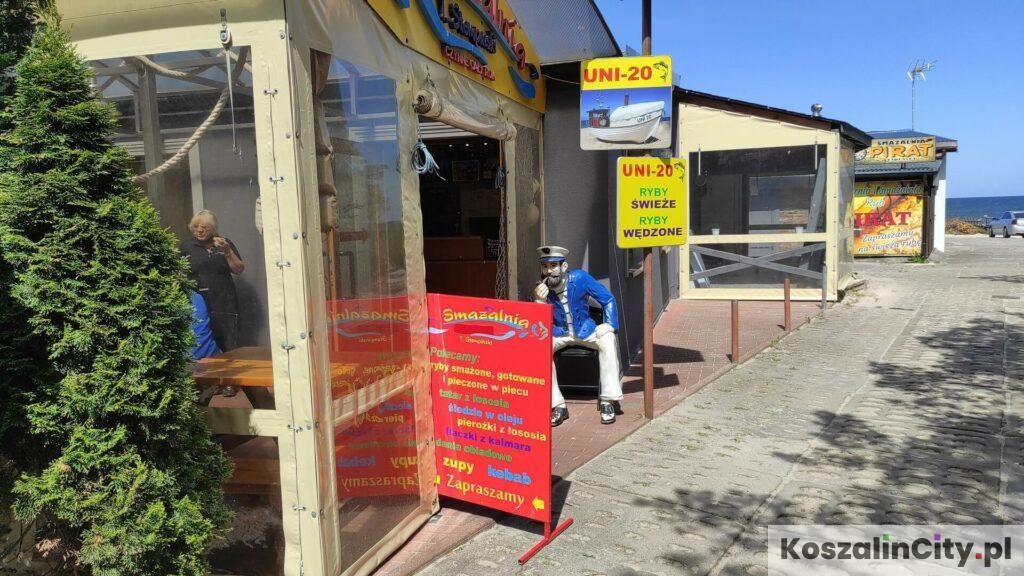 Restauracje w przystani rybackiej w Mielnie-Unieściu