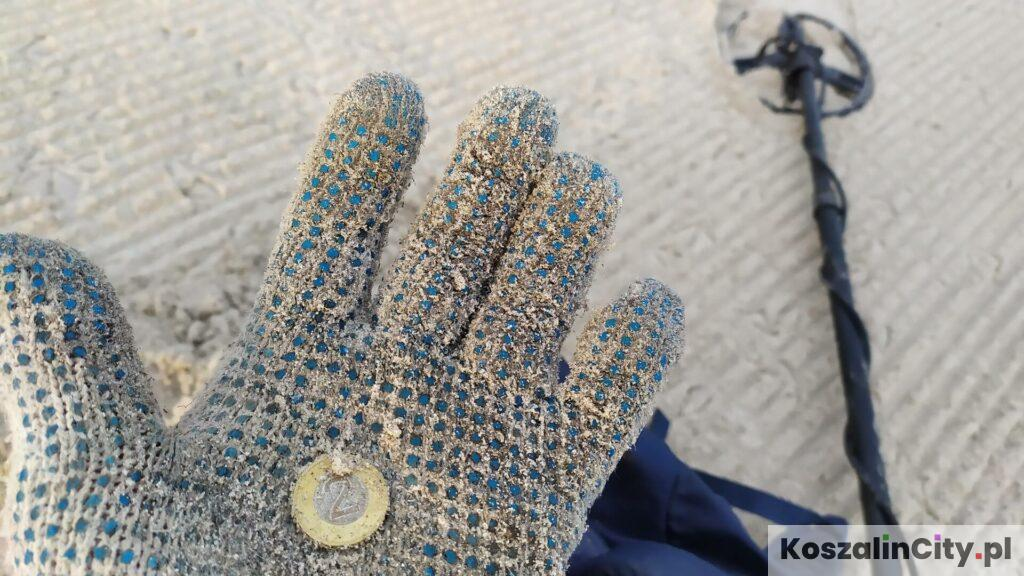 Moneta znaleziona na plaży