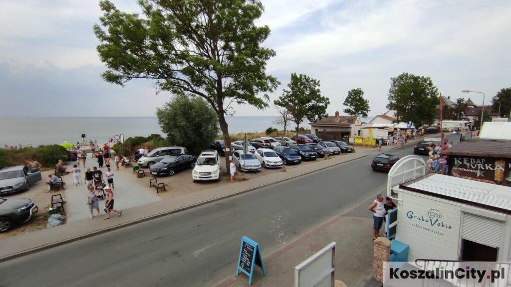 Restauracja z widokiem na morze w Sarbinowie