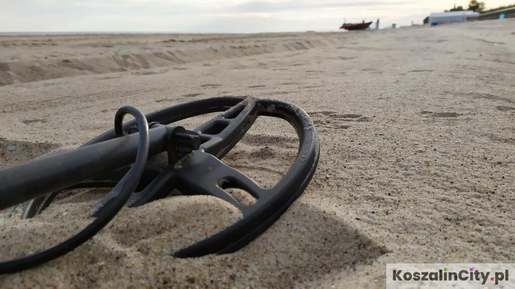 Wykrywacz metali na plaży