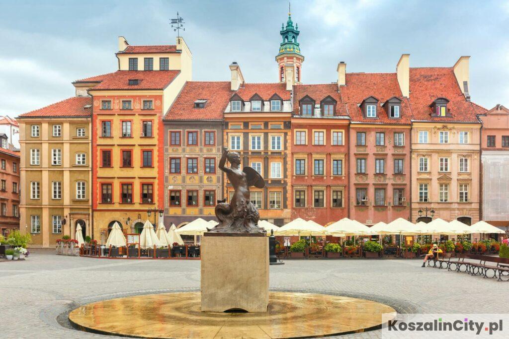 Stare Miasto i pomnik Syrenki w Warszawie