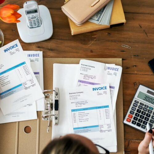 Faktoring dla firm – co to jest i na czym polega?